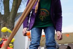 19-04-13_Schulfest-Strumpfhosenkegeln-01