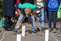 19-04-13_Schulfest-Strumpfhosenkegeln-03