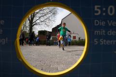 19-04-13_Schulfest-Torwand-03