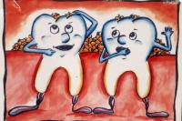Speisereste zwischen den Zähnen sind nach den Mahlzeiten ganz normal.