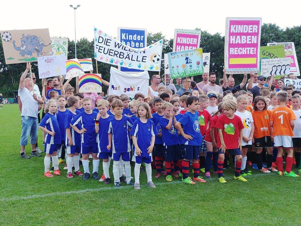 18-06-16_UNICEF-Kicker-Turnier-06