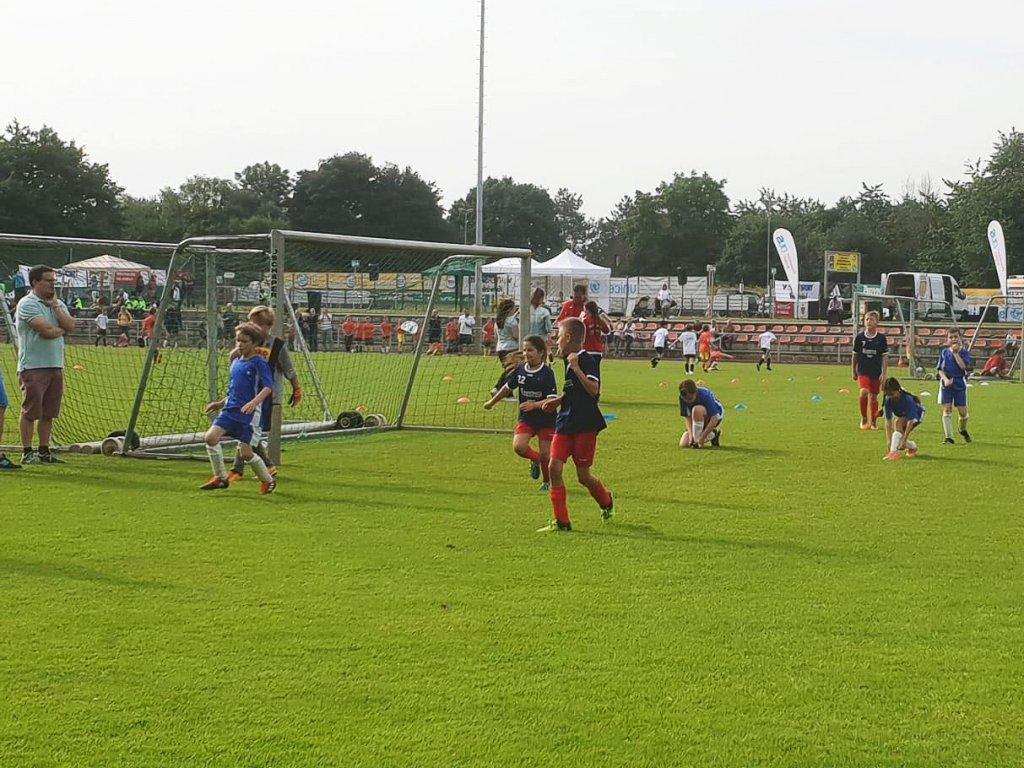 18-06-16_UNICEF-Kicker-Turnier-08